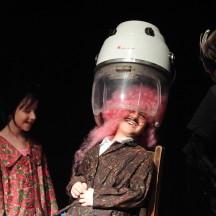 LA FAMIGLIA CILIEGIA E I BUDINI ROSALab Teatro e marionette di E. SpeziMaggio 2016