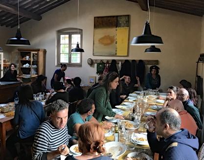 Pranzo con tutta la troupe del Teatro de los Sentidos